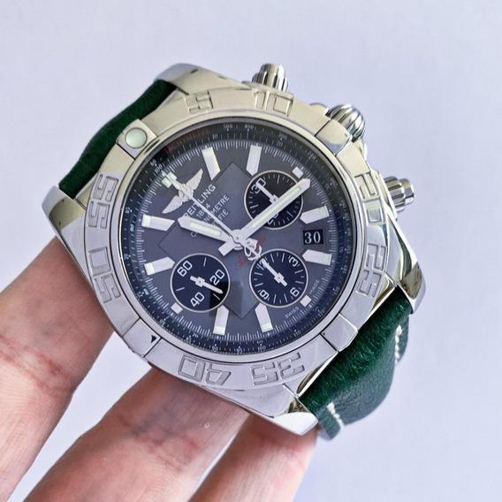 Breitling Chronomat 44 B01 Completo Impecável