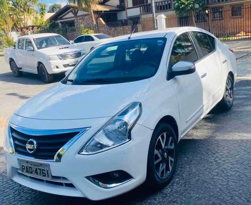 Nissan Versa 2017 1.6 16v Sl Unique Aut. 4p