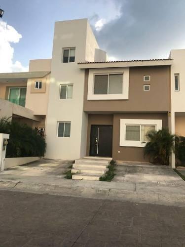 Casa En Renta En Residencial Palmaris, Cancún Quintana Roo