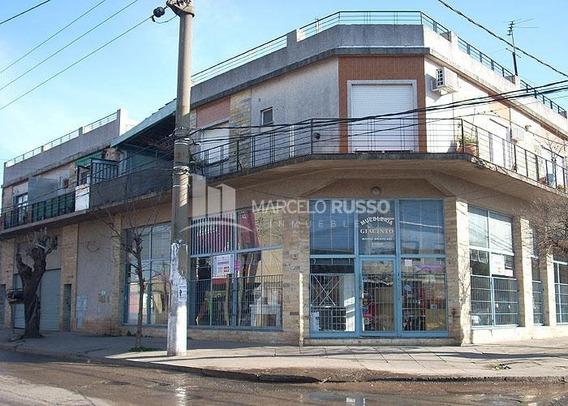 Local Comercial En Esquina