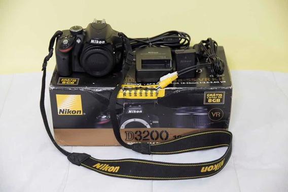 Nikon D3200 - Corpo