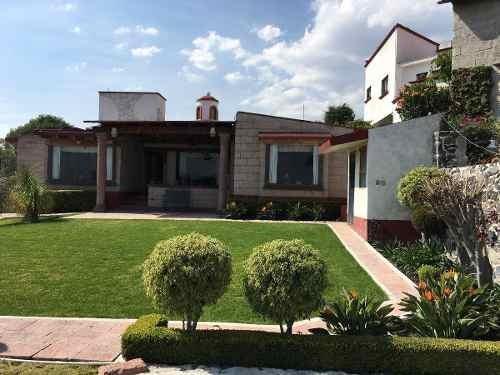 Bonita Casa En Fraccionamiento Con Vigilancia
