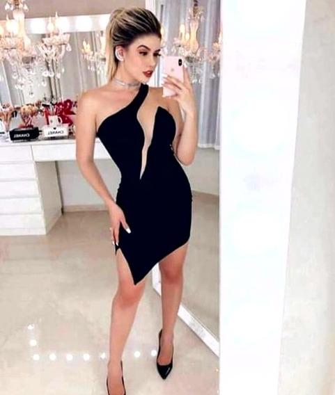 Vestido Com Decote Profundo Em Tela Elegante