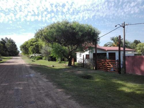 Casa Con Gran Terreno 1002m2 En Balneario Solís