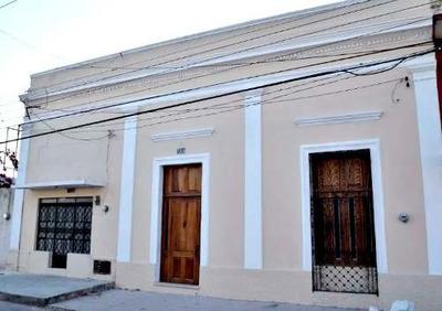 Hermosa Casa Remodelada En El Centro Historico De Merida A 2 Calle De La Ermita.