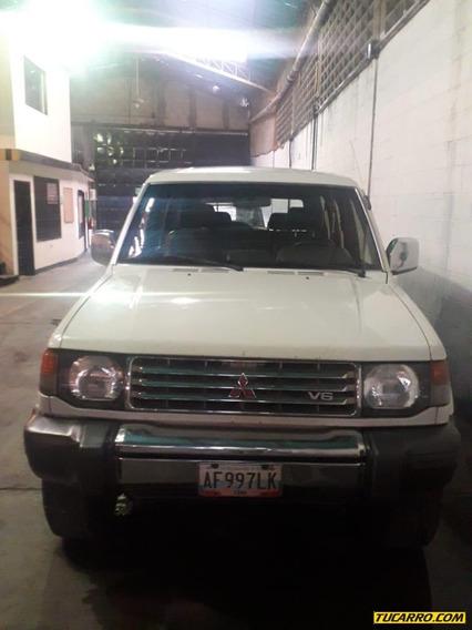 Mitsubishi Montero Glx Sincrónica