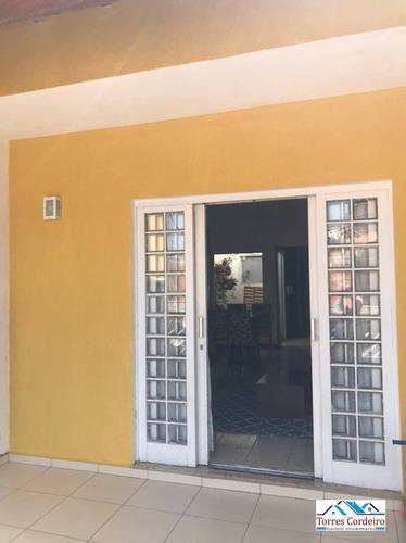 Imagem 1 de 6 de Lindo Sobrado 3 Dorm. (2 Suítes) + 2 Vagas - Taboão Da Serra - So0085
