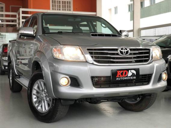Toyota Hilux 3.0 Cd Srv 4x4 At