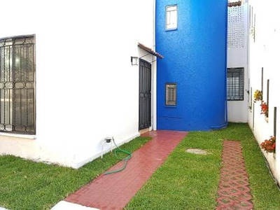 Casa 2040-4 En Coto Privado, Con Buena Ubicacion