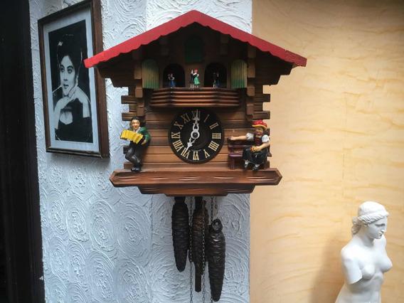 Reloj Cucú Alemán Con Carrusel Musical Suizo