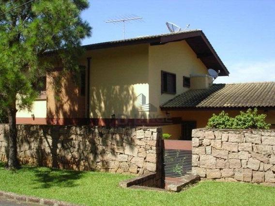Lindo Sobrado Com 440m², 4 Dormitórios, 1 Suíte, Piscina, Quiosque E 4 Vagas De Garagem - Ca13139