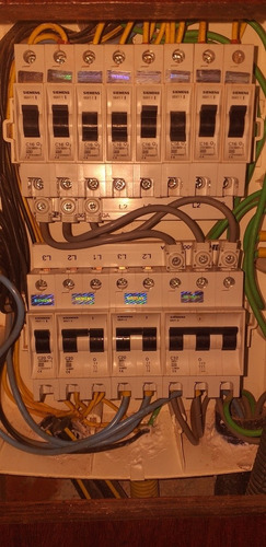 Elétrica,  Hidráulica,  Refrigeração, Alvenaria.profissional