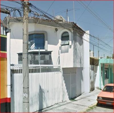 Bonita Casa En Condominio, Calle Acacias, Bugambilias Puebla