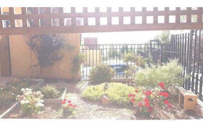 Casa En Condominio Cascada De La Paloma: 3 Dormitorios Y 3 Baños