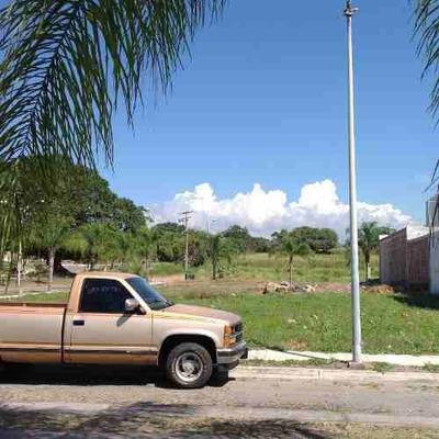Terreno En Renta En Fracc. Real Santa Fe Sobre Av. Prolongacion Hidalgo