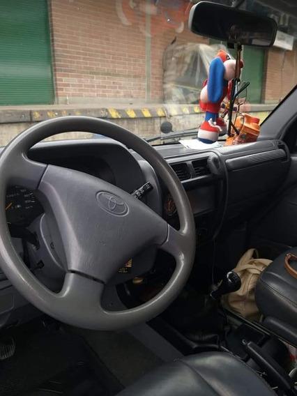 Toyota Prado Negociable