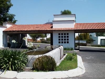 Venta De Terreno De 782 M2 En Vista Real, Querétaro