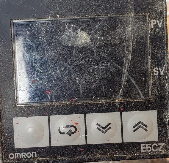Controlador De Temperatura Omron E5cz . Excelente Estado