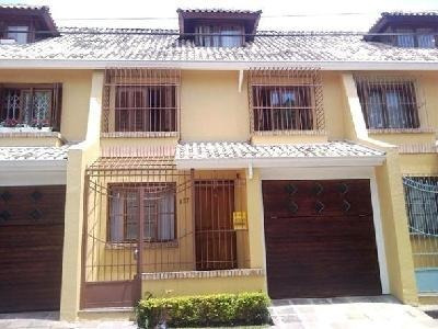Casa Em Tristeza Com 3 Dormitórios - Mi6500