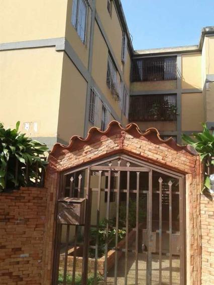 Sky Group Vende Apartamento Patarata. Hector Oliveros