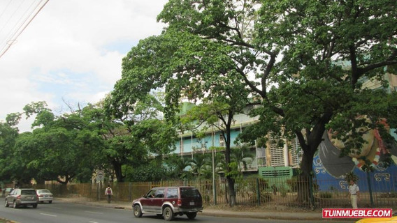 Se Vende Apartamento En Caña De Azucar Maracay Mm 19-10022