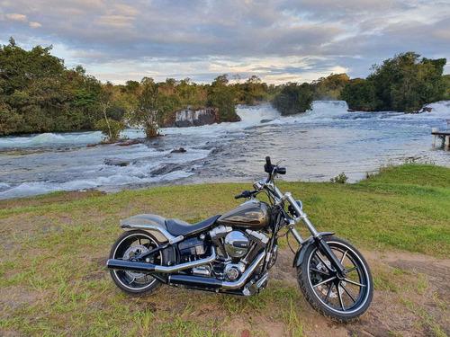 Imagem 1 de 8 de Harley Davidson   Softail Breakout