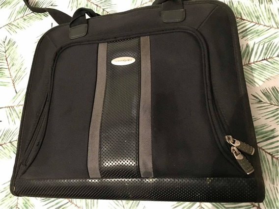 Portafolio Samsonite Usado Modelo Lp450 Black Laptop Pillow