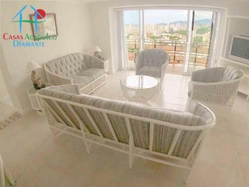 Cad Condominio Sol Y Mar A 1001. Terraza Con Vista Al Mar