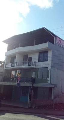 Se Vende Casa De Cuatro Plantas En Puyo