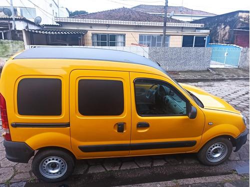 Imagem 1 de 8 de Renault Kangoo Express 2013 1.6 16v Porta Lateral Hi-flex 5p