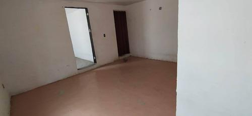 Imagen 1 de 12 de Se Renta Casa, Zona Muy Comercial, Esquina Con Eje 1 Norte, Muy Segura, 22613
