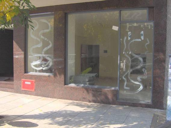 Local Comercial En Venta Sobre Vía Pública - Almagro
