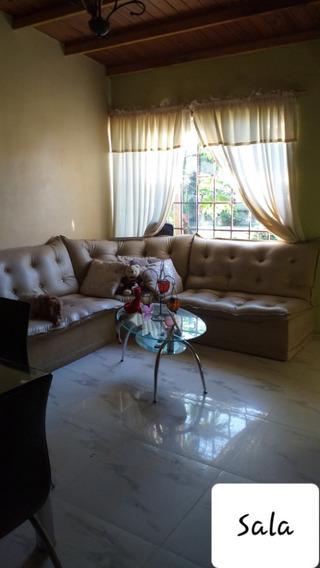 Hermosa Y Acogedora Casa De 2 Hab, 2 Baños.