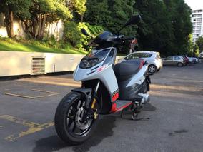 Moto Aprilia Sr Motard 125