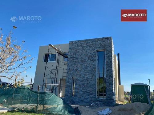 Casa En Venta En Barrio El Canton Puerto - Maroto Propiedades