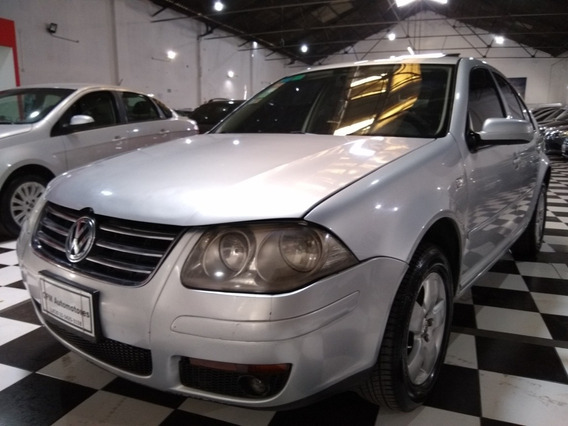 Volkswagen Bora 2.0 Trendline 2012 Gris Lm