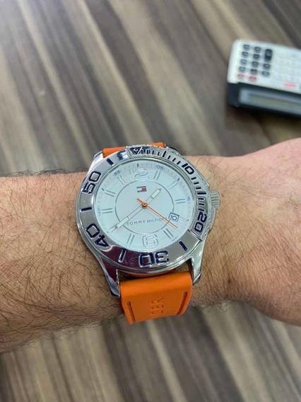 Relógio Tommy Hilfiger Aço, Fundo Branco