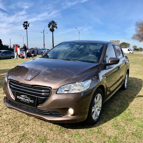 Peugeot 301 1.6 Extra Full Impecable Estado Financio Permuto
