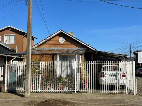 Imagen 1 de 12 de Vendocasa En Temuco Villa Los Rios,casa Esquina