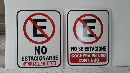 Imagen 1 de 4 de 2 Pzas Letreros No Estacionarse 35x45cm Lamina Galv
