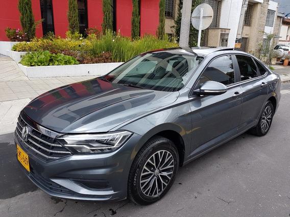 Volkswagen Nuevo Jetta Highline 1.4 Turbo 2019