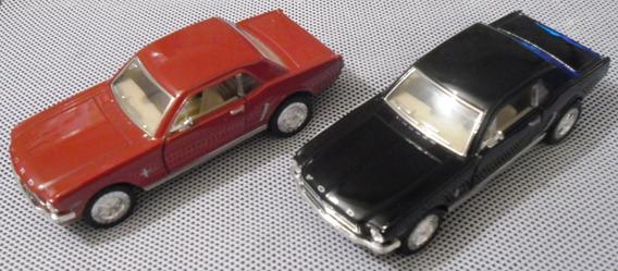 Ford Mustang 64 Kinsmart Escala 1/38 (diecast/pullback)