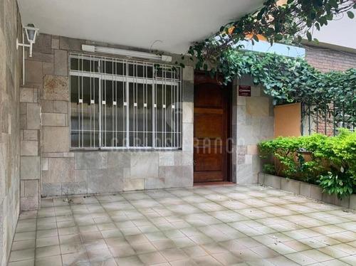 Sobrado De 152m², Com 3 Dorms. (1 Suíte). 3 Banheiros, Quintal, 1 Vaga Na Chácara Santo Antonio - Cf66203