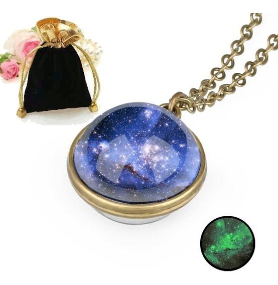 Colar Pingente Brilha Escuro Esfera Céu Estrelado Star Sky