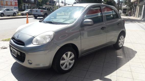 Nissan March Visia
