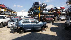 Fiat Palio 2004.....accidentado Partes