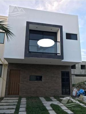 Casa En Venta En Playa Del Carmen/riviera Maya/el Candil