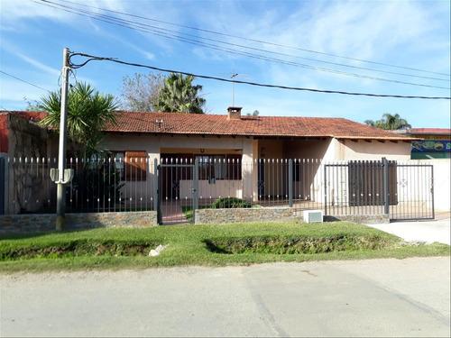 4 Dormitorios Casa Barros Blancos