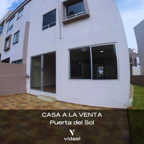 Imagen 1 de 9 de Hermosa Casa En Puerta Del Sol, Bosque Real