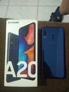 Celular Sansung Galaxy A20 32gb Usado